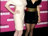 anne-hathaway-and-kate-hudson-bride-wars-photocall-in-paris-09