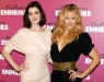 anne-hathaway-and-kate-hudson-bride-wars-photocall-in-paris-17