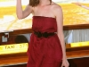 anne-hathaway-arrives-at-the-excelsior-hotel-in-venice-10