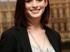 anne-hathaway-get-smart-photocall-in-london-05