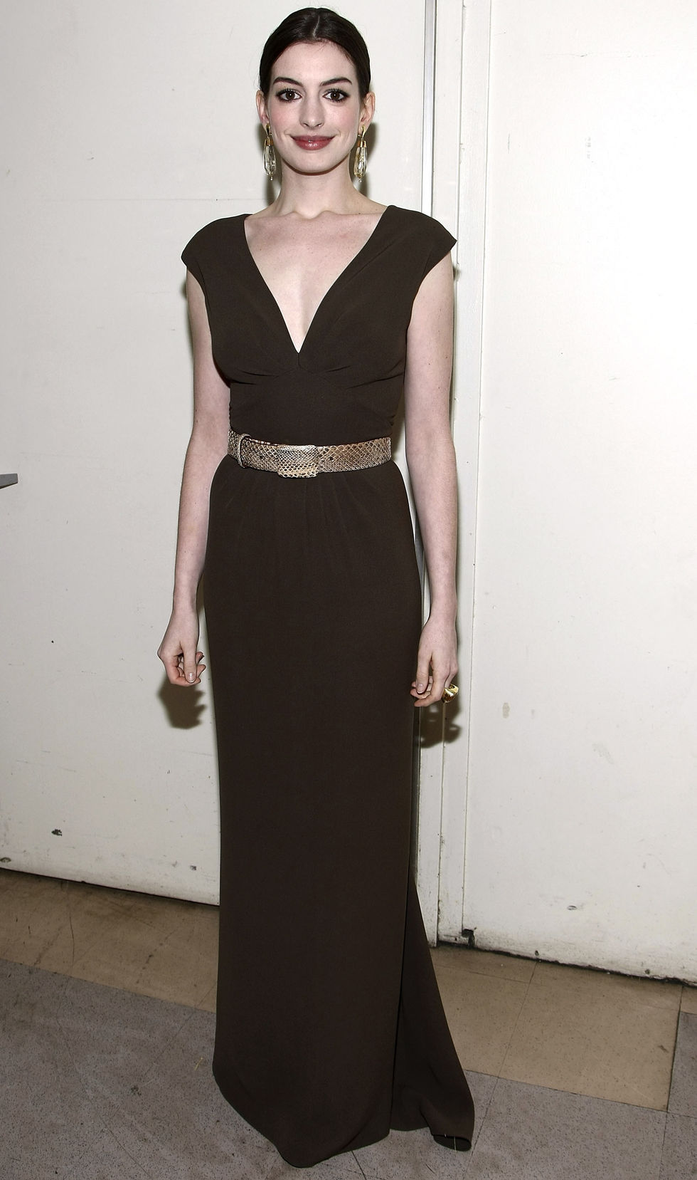anne-hathaway-human-rights-campaigns-annual-los-angeles-gala-01