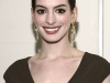 anne-hathaway-human-rights-campaigns-annual-los-angeles-gala-05