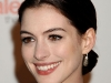anne-hathaway-valentino-the-last-emperor-premiere-in-los-angeles-05