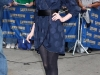 anne-hathaway-visits-the-late-show-with-david-letterman-in-new-york-02