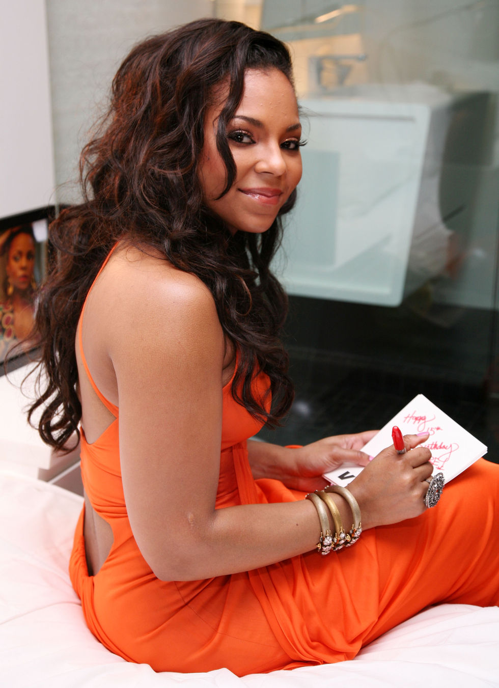 ashanti-attends-the-ashanti-listening-party-in-new-york-01