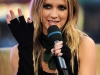 ashlee-simpson-at-mtvs-total-request-live-11
