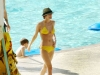 ashlee-simpson-in-yellow-bikini-by-the-pool-05