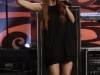 ashlee-simpson-performing-on-the-tonight-show-10