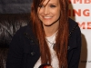 ashlee-simpson-promotes-her-new-cd-in-bensalem-11