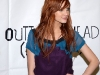 ashlee-simpson-promotes-new-single-outta-my-head-at-wal-mart-11