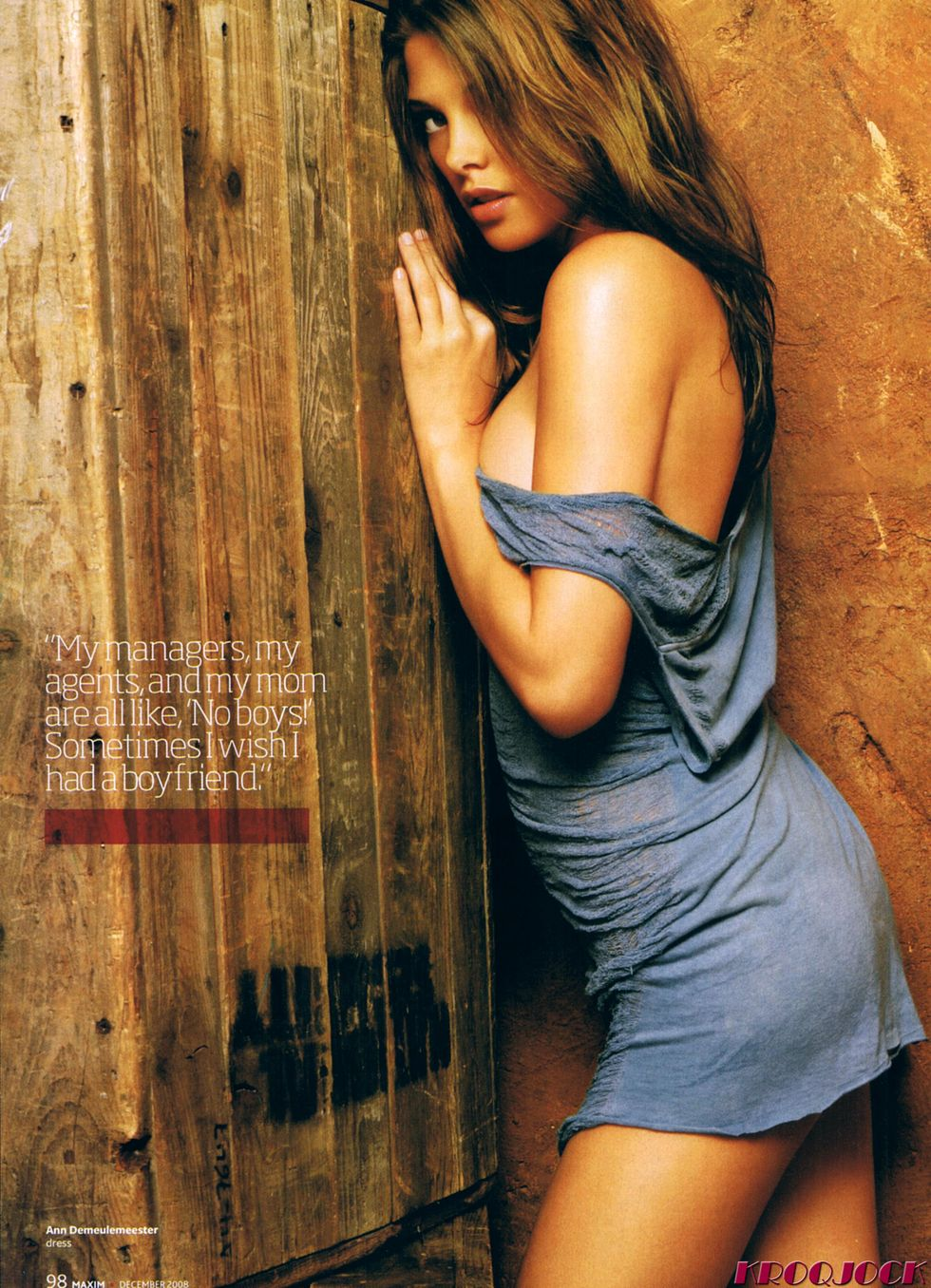 ashley-greene-maxim-magazine-december-2008-01