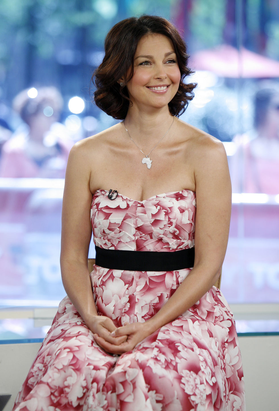 ashley-judd-at-nbcs-today-in-new-york-01