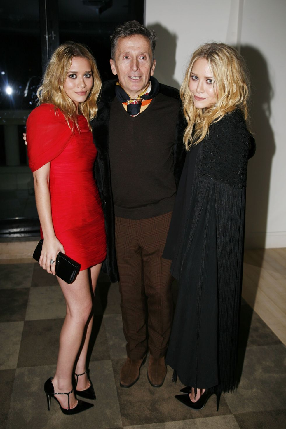 ashley-olsen-and-mary-kate-olsen-influence-book-lanuch-01