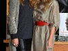 ashley-and-mary-kate-olsen-book-signing-at-borders-books-store-in-westwood-02