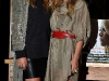 ashley-and-mary-kate-olsen-book-signing-at-borders-books-store-in-westwood-09