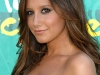 ashley-tisdale-2009-teen-choice-awards-04