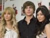 ashley-tisdale-and-vanessa-hudgens-at-high-school-musical-3-press-conference-09