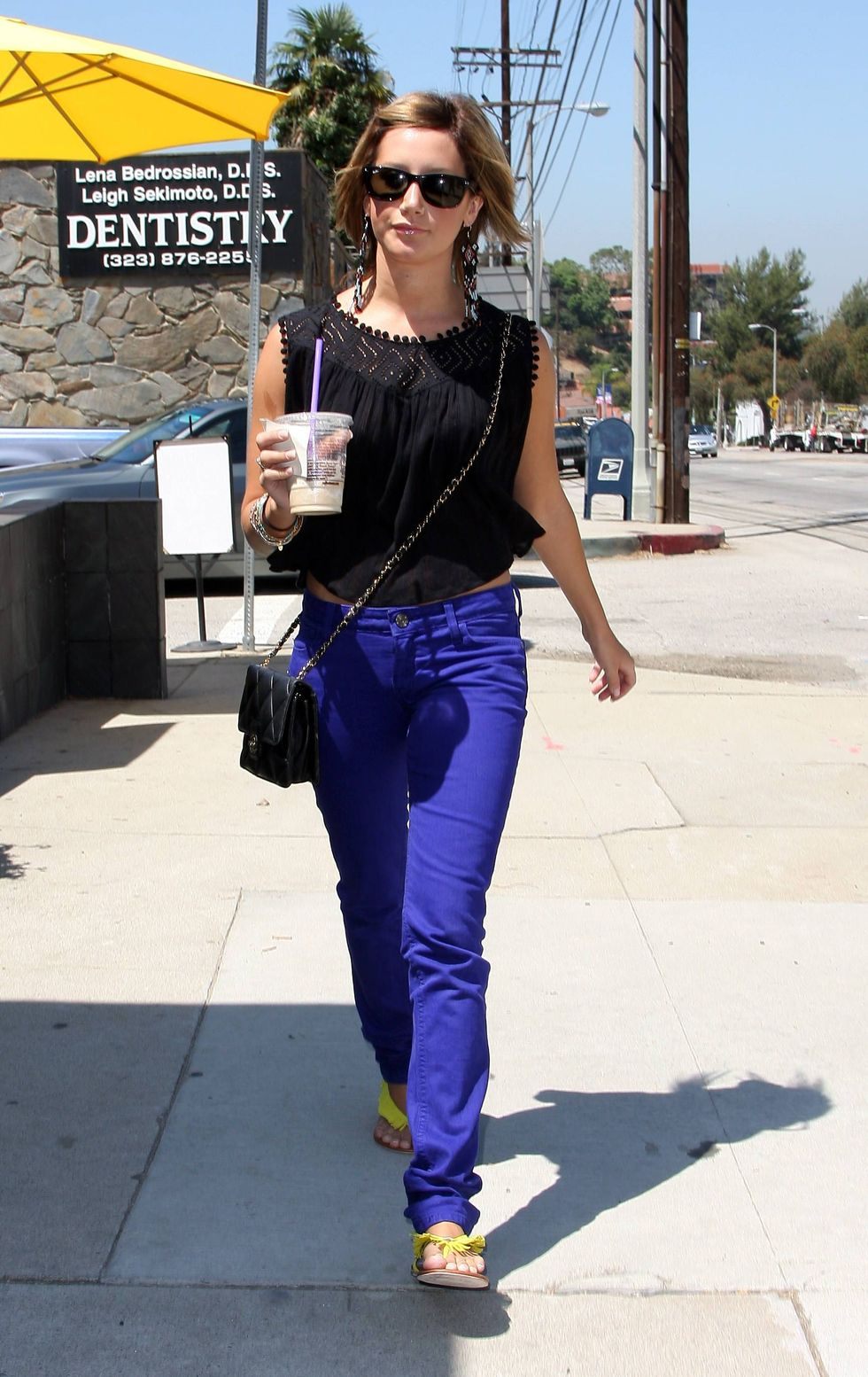 ashley-tisdale-at-coffee-bean-in-los-angeles-01