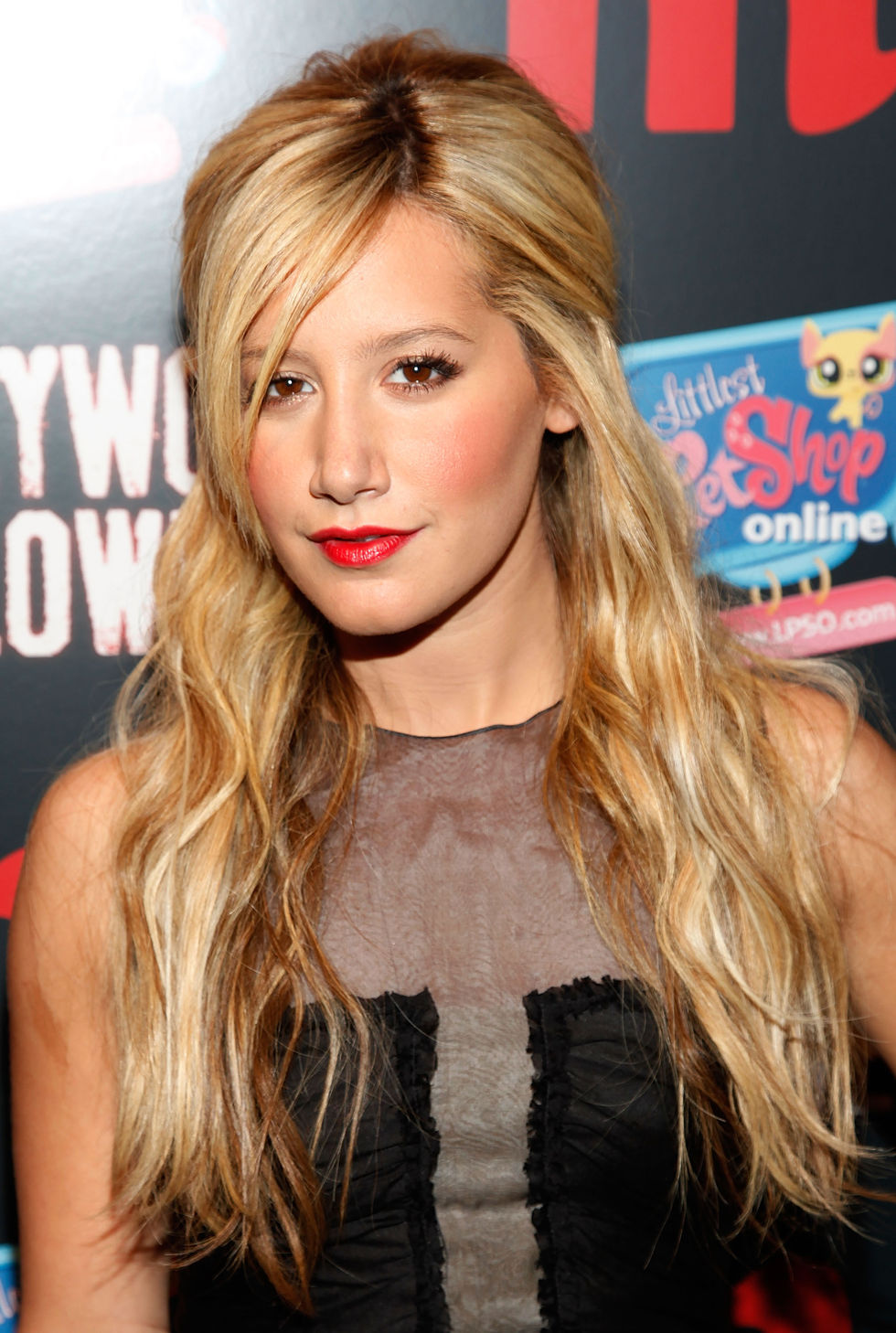 ashley-tisdale-at-m-magazines-2009-hollywood-halloween-event-01