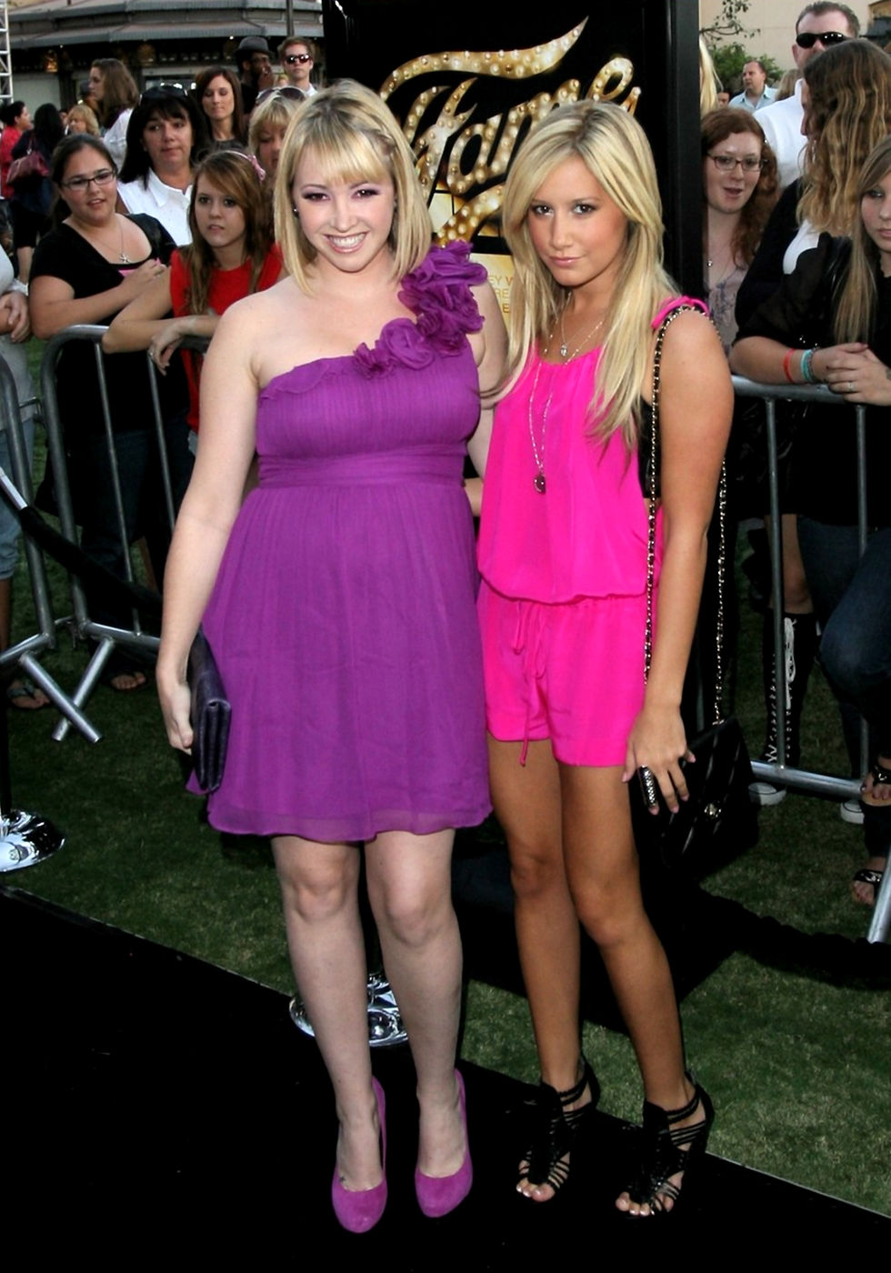 ashley-tisdale-fame-premiere-in-los-angeles-01