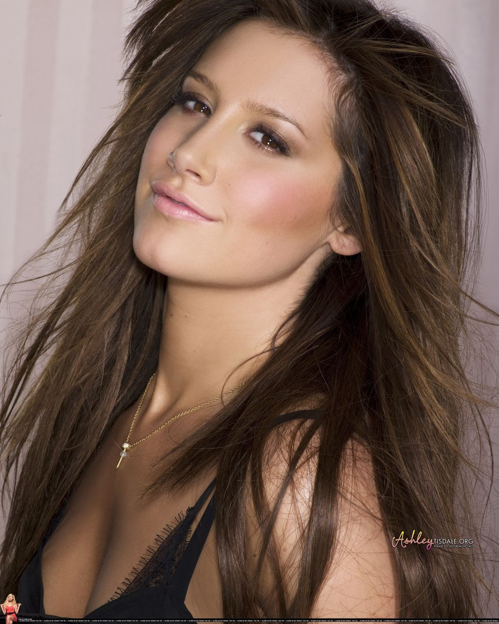 ashley-tisdale-guilty-pleasure-album-promoshoot-01