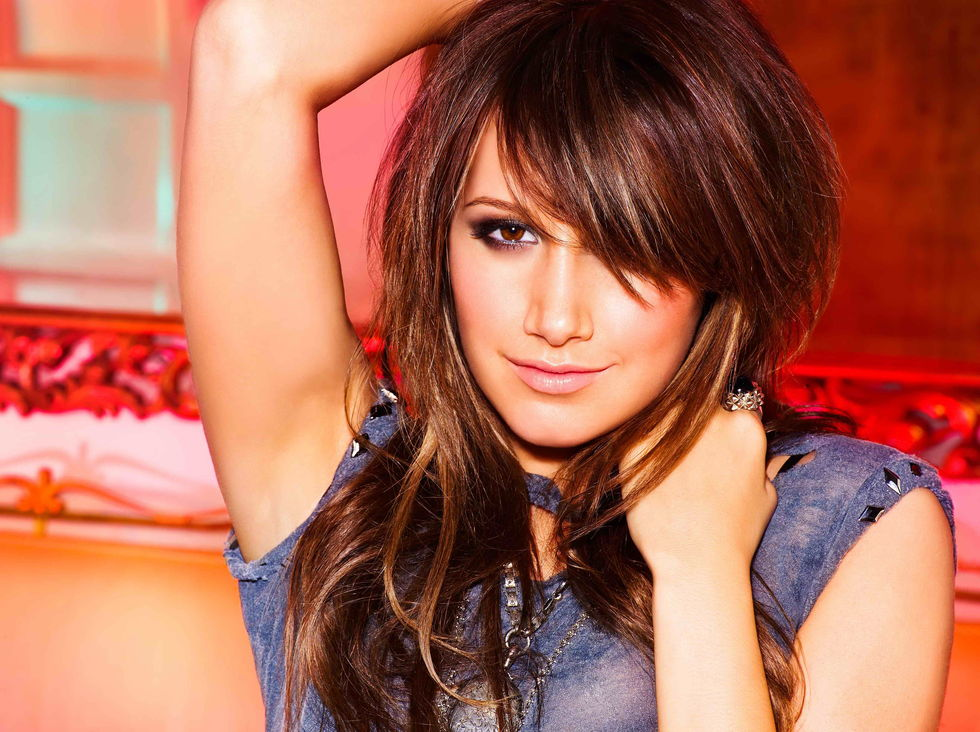 ashley-tisdale-guilty-pleasure-promos-01