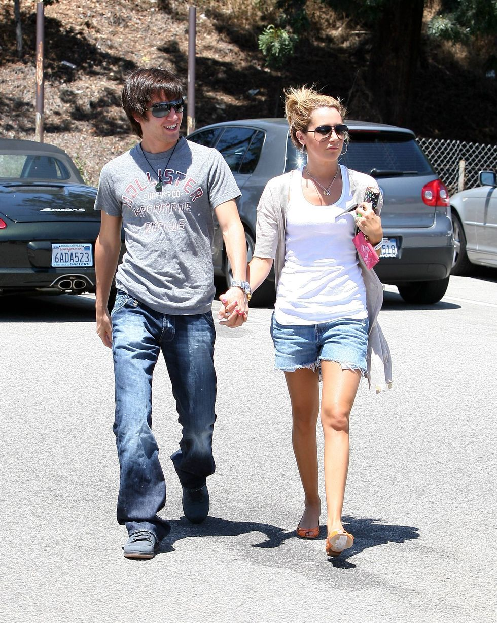 ashley-tisdale-leggy-candids-in-burbank-01
