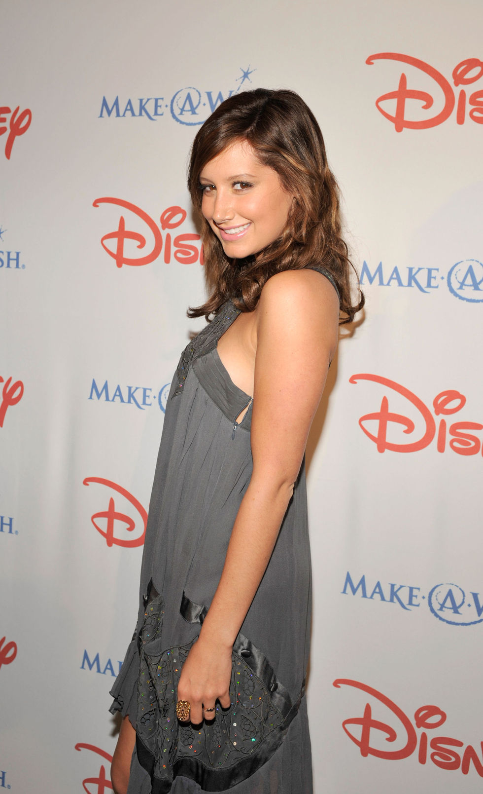 ashley-tisdale-make-a-wish-gala-in-beverly-hills-01
