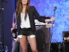 ashley-tisdale-performing-on-good-morning-america-in-new-york-04