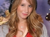 ashley-tisdale-starlight-starbright-childrens-foundation-winter-wonderland-in-los-angeles-03