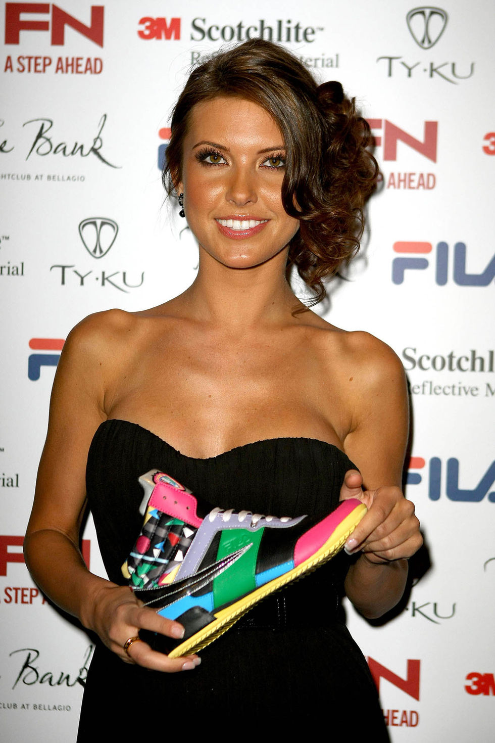 audrina-patridge-filas-fall-2009-collection-launch-party-01