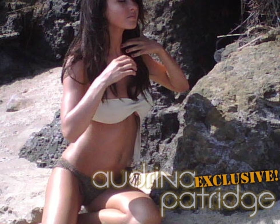 audrina-patridge-in-bikini-on-the-set-of-maxim-magazine-photoshoot-mq-01