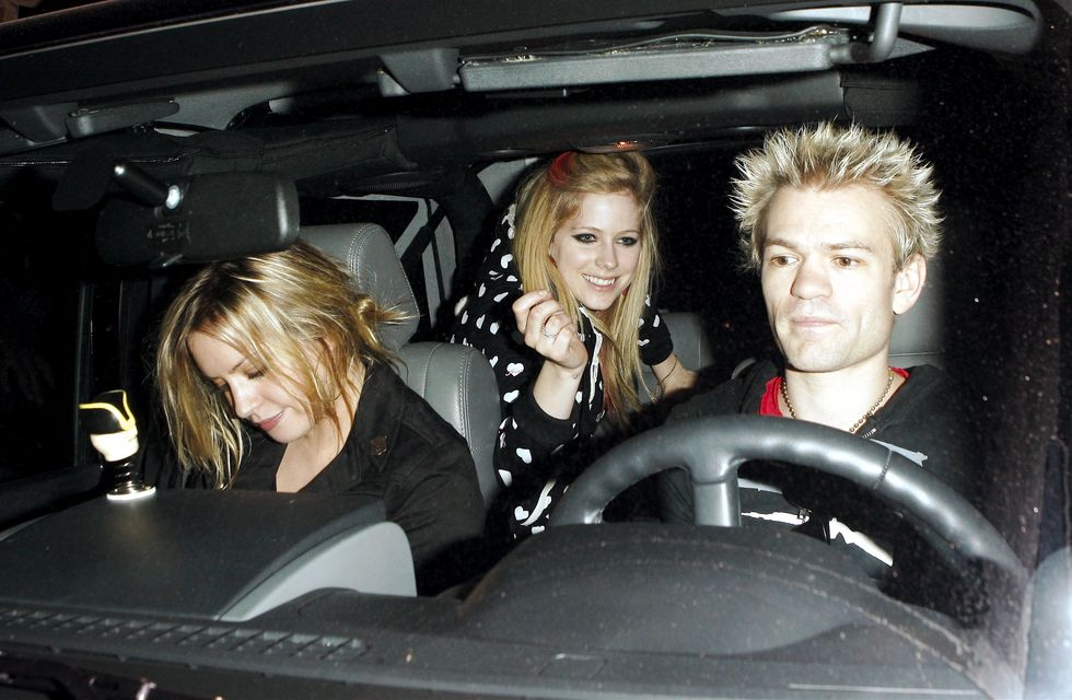 avril-lavigne-at-club-bardot-in-hollywood-01
