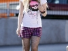 avril-lavigne-candids-at-photoshoot-for-abbey-dawn-clothing-line-17