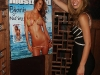 bar-refaeli-sports-illustrated-swimsuit-issue-cover-celebration-01
