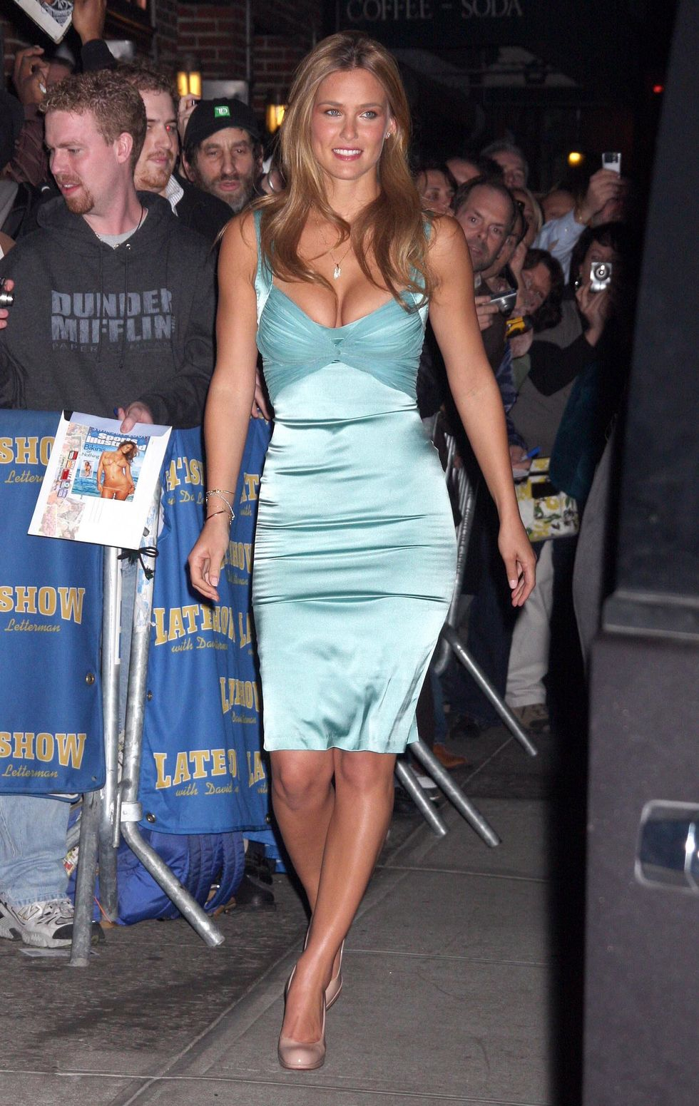bar-refaeli-visits-the-late-show-with-david-letterman-02