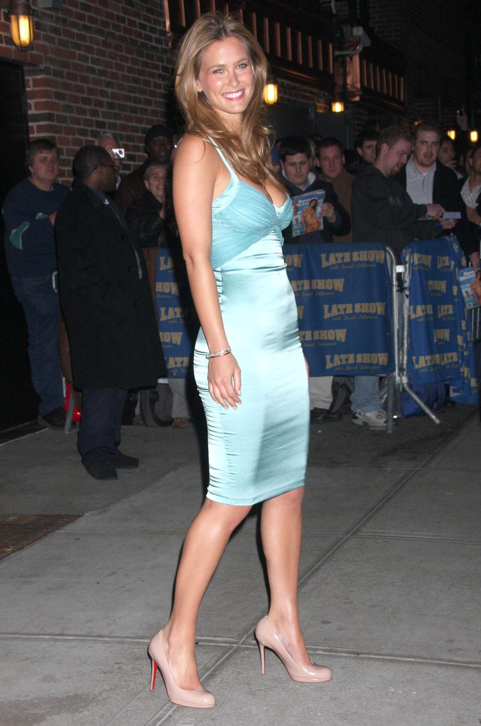 bar-refaeli-visits-the-late-show-with-david-letterman-03