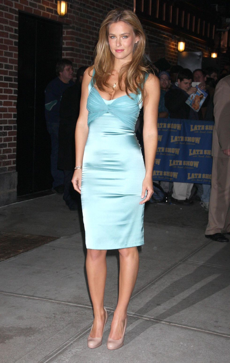 bar-refaeli-visits-the-late-show-with-david-letterman-09
