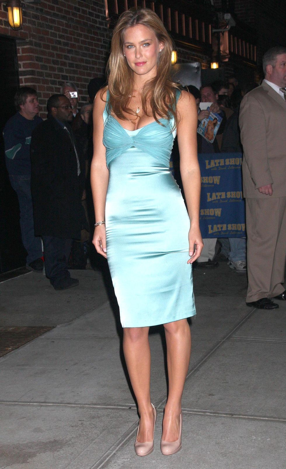 bar-refaeli-visits-the-late-show-with-david-letterman-11