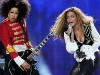 beyonce-knowles-20th-world-music-awards-in-monte-carlo-15