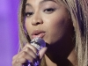 beyonce-at-nbcs-today-television-show-05
