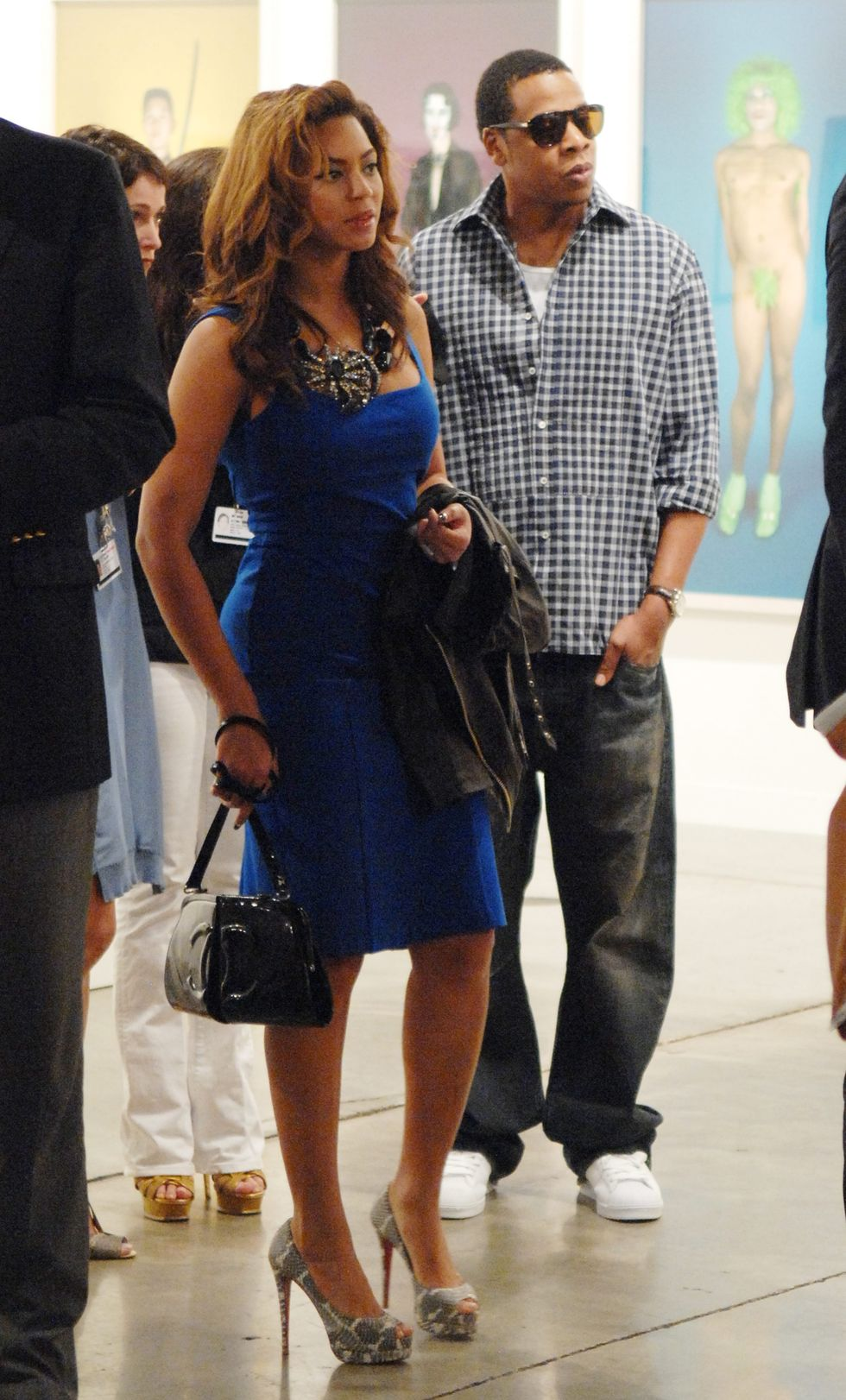 beyonce-at-the-contemporary-art-fair-in-miami-04