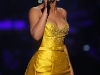beyonce-fifth-annual-fashion-rocks-in-new-york-city-02