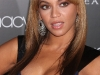 beyonce-heat-fragrance-promotion-at-macys-in-new-york-05