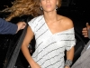 beyonce-leggy-candids-at-kanaloa-nightclub-in-london-10