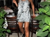 beyonce-leggy-candids-at-nellos-in-new-york-04