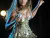 beyonce-performs-at-f1-rocks-concert-in-singapore-07