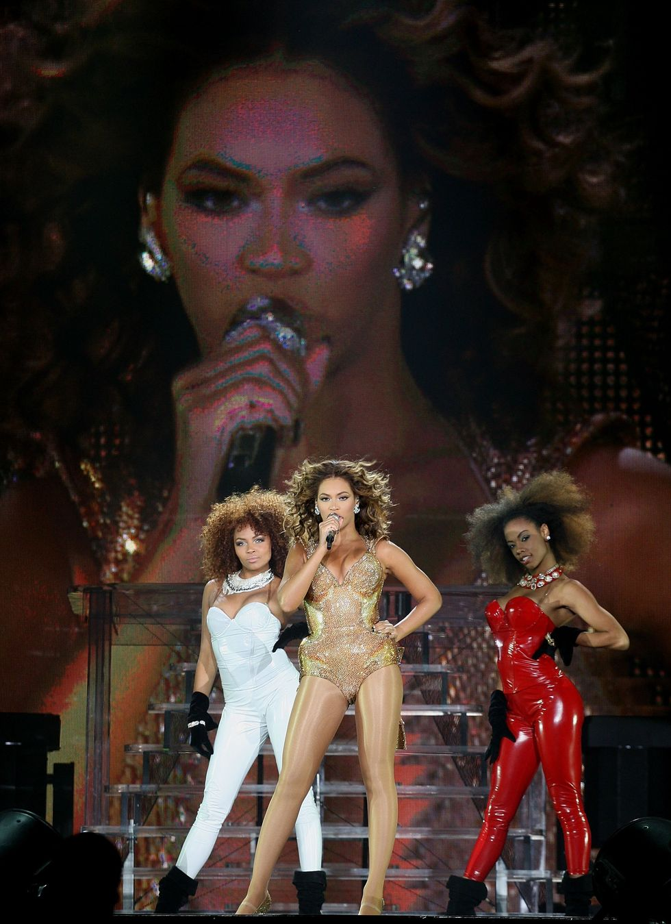 beyonce-performs-at-saitama-super-arena-01