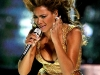 beyonce-performs-at-the-essence-music-festival-07