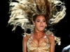 beyonce-performs-at-the-essence-music-festival-10